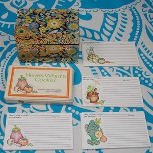 Vintage 70s Floral Recipe Cards and Box Metal